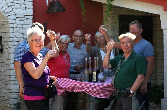 Brac Island Gourmet Tour from Supetar
