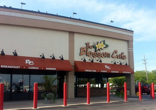 Norridge, IL : front of & entrance to The Blossom Cafe