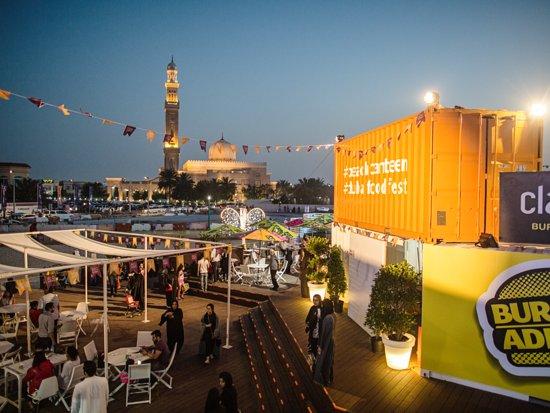 Dubai, Verenigde Arabische Emiraten: The wildly popular Beach Canteen returns this year on Sunset Beach