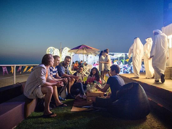 Dubai, United Arab Emirates: Thousands of foodies take to the beach this DFF so don't miss out on this 17-day celebration