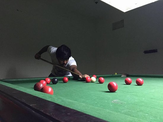 The Country Club Mysore Road : INDOOR GAMES