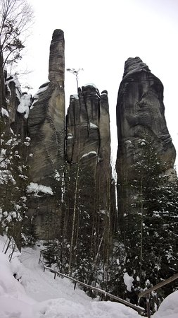 Hradec Kralove Region, Tjeckien: skały