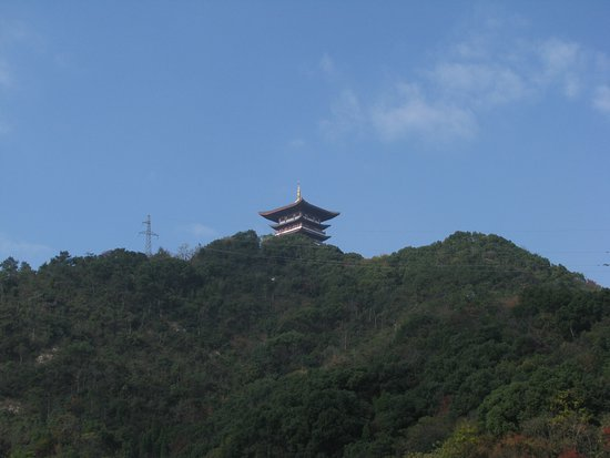 Taizhou Baiyun Mountain: The hill
