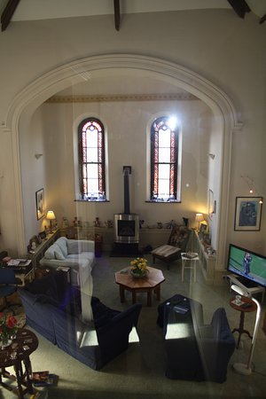 St. Mabyn, UK: The lounge area was the church altar