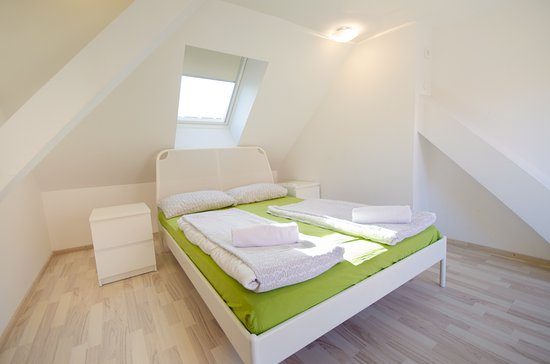 Rooms Ambrozic