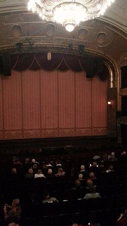 Budapest Operetta Theatre: Вид на сцену из ложи