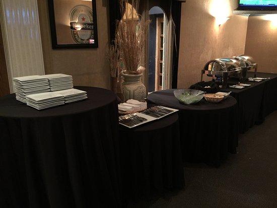 Eisenhower Hotel & Conference Center: Dinner buffet