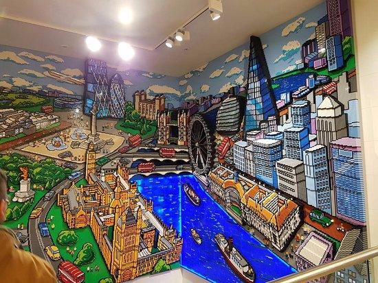 londra in tre d con il lego - Picture of Lego Shop, London - TripAdvisor