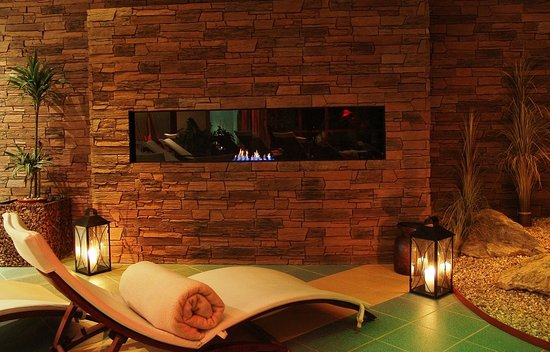 Sliac, Slovakia: Relax zone with fireplace