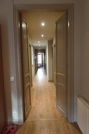 Casa 125 Barcelona: Huge 4 bedroom suite