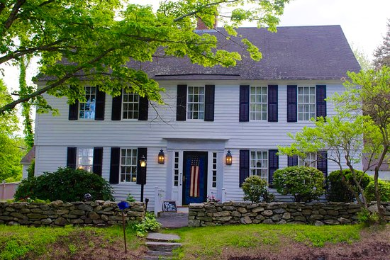 Storrs, CT: Spring Hill Inn is a charming c 1734 Guest House