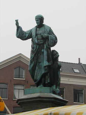 Beeld Laurens Janszoon Coster