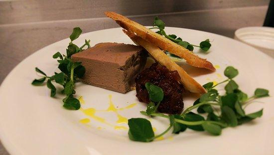The Dunkirk: Chicken & wild mushroom pate, homemade chutney, crisp herb crostini