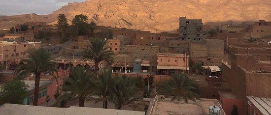 Souss-Massa-Draa Region, Morocco: La vue depuis le toit terrasse, magie assurée. Encore milles mercis pour ces quatre jours de bon