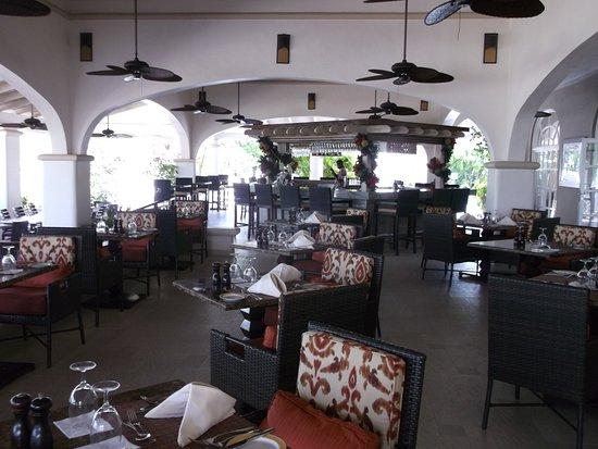 Spice Island Beach Resort: Lunch restaurant