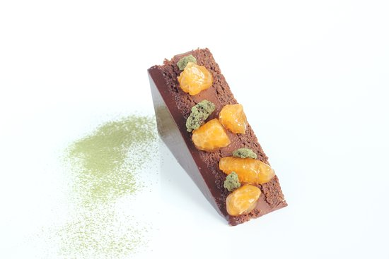 Le Bouscat, Frankrig: sacher with chocolate ganache infusioned with organic tea and citrus