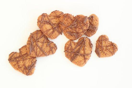 Le Bouscat, Frankrig: crunchy home made biscuits for Valentines