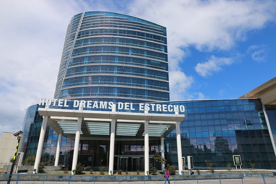 Hotel Dreams del Estrecho: Outside View