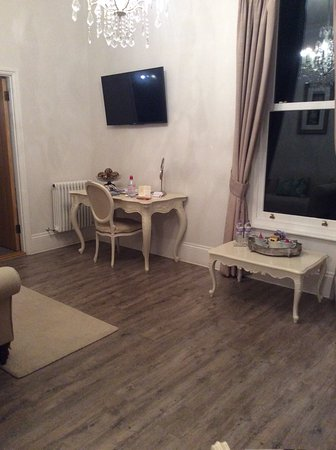 La Haule Manor: Our sitting room
