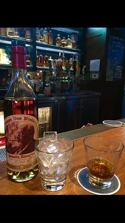 Brimstone Bar: Happy that there was PAPPY at the PADRE HOTEL!