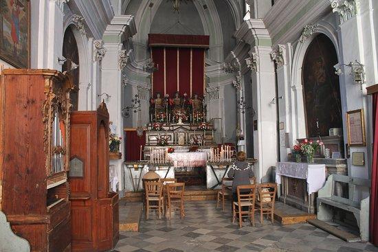 Chiesa Dei Tre Santi O Della Fontana