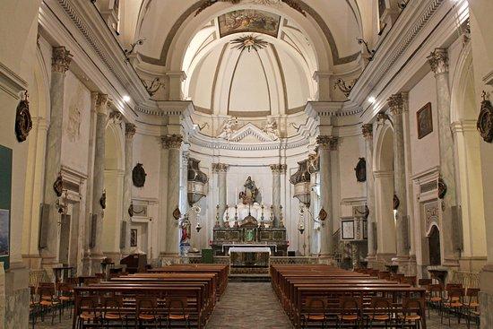 Lentini, Italie : particolare navata
