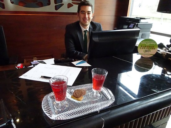 Gezi Hotel Bosphorus: Reception with tea