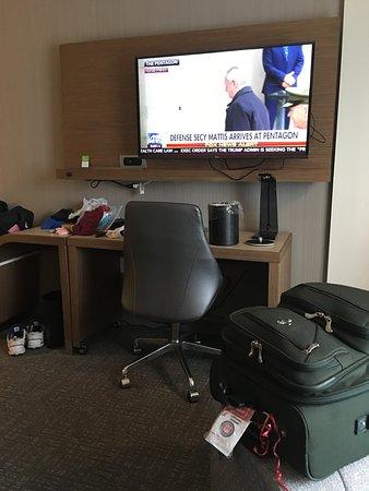 Gretna, Луизиана: Great work area, and FOX News