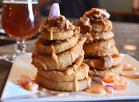 เนากาตัค, คอนเน็กติกัต: Onion Rings
