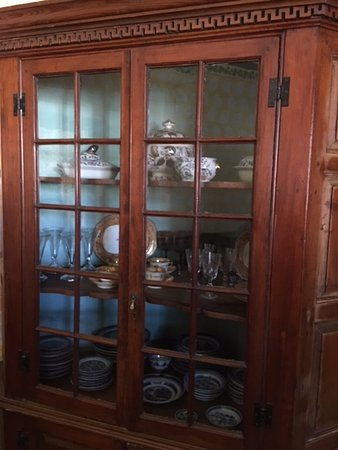Davenport House Museum: China cabinenet containing the wedding china of the Davenport daughter.