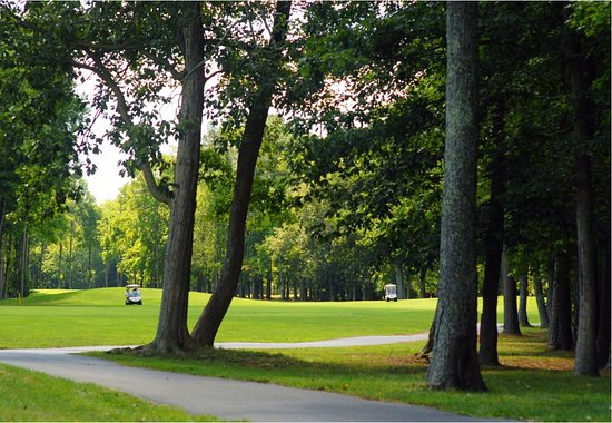 Ocean Pines, MD: Wooded fairways make for a scenic challenge.