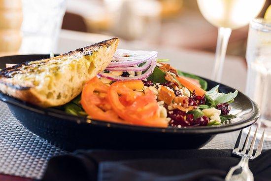 ร็อกแลนด์, แมสซาชูเซตส์: Dine at DoubleTree Rockland