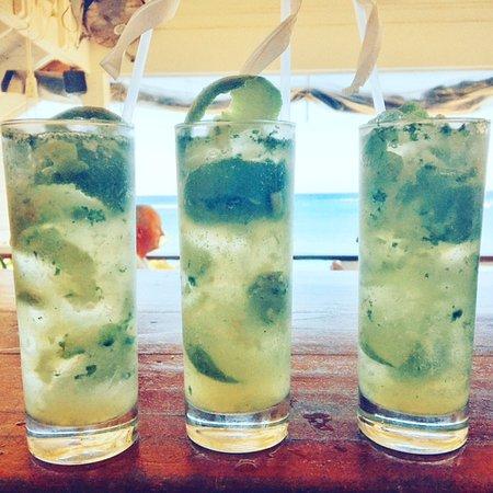 The Landing Restaurant & Bar: Green Apple Mojitos up at The Landing