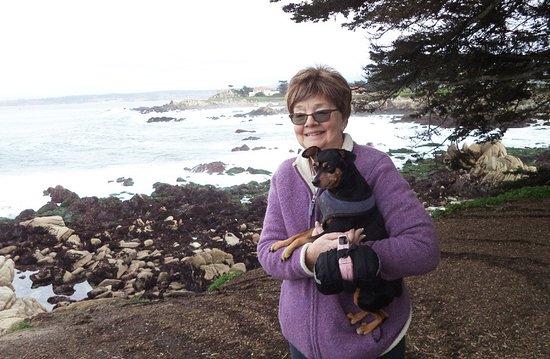 Pacific Grove Oceanview Boulevard: Gretchen & Maggie