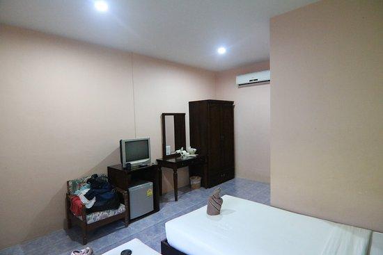Phi Phi Don Chukit Resort Resmi