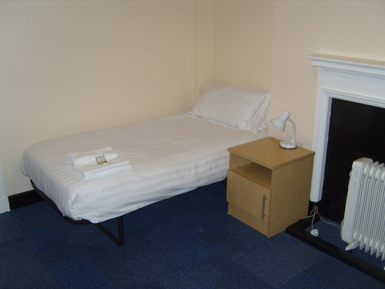 Towels and toiletries are provided for guests staying at Oxford's Somerville College