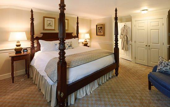 Cape Arundel Inn & Resort: Club King