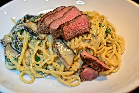 Carrollton, VA: Steak & Gouda Pasta