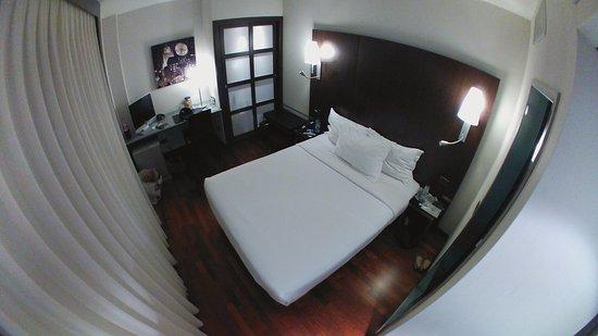 Hotel Vilamari: Internal Room