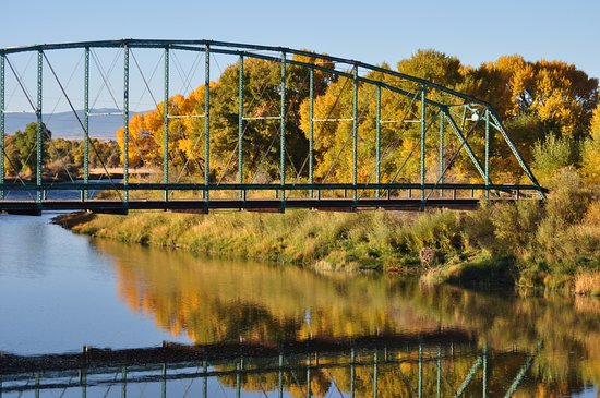 The iconic Pick Bridge along the North Platte River near Saratoga