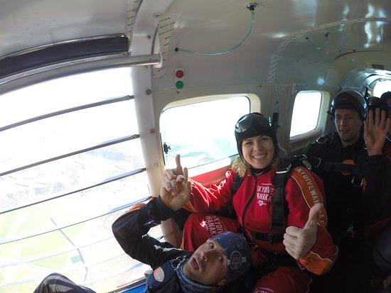 Skydive Wanaka: G0079773_large.jpg