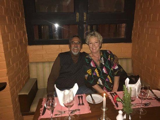 Hotel Yak & Yeti: Having Happy Hour drinks at the Y&Y Hotel...