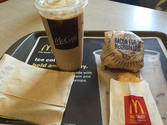 McDonald's Tumon JP Super Store: photo0.jpg