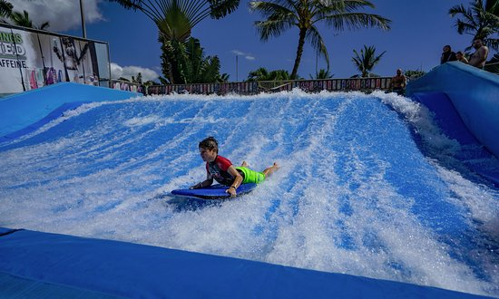 Wet'n'Wild Hawaii: FLOW RIDER looks to be the newest attraction.