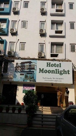 Hotel Moonlight: received_1328254317237103_large.jpg