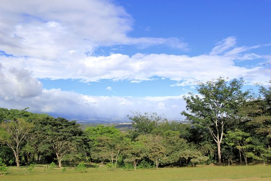 Ciudad Colon, Costa Rica: U Peace - Hillside View From Campus Grounds - January 2017