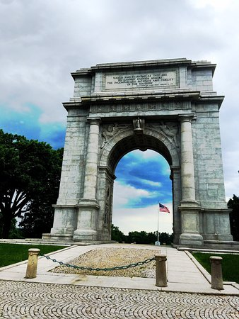 Valley Forge, Pensilvanya: National Memorial Arch