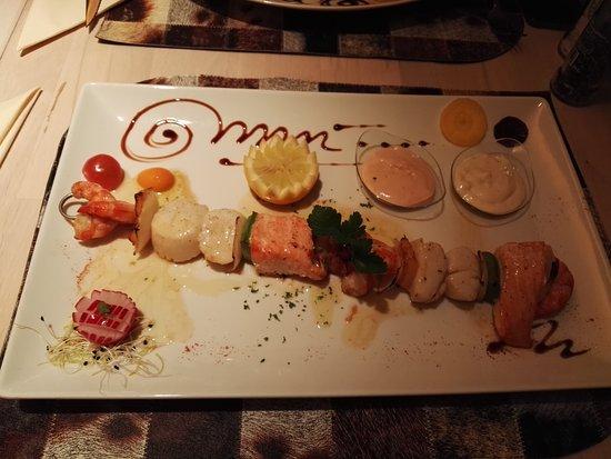 Wiltz, لكسمبورج: Brochette de poissons