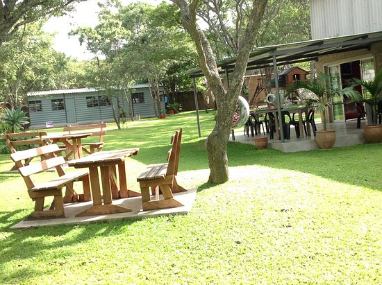 Marondera, ซิมบับเว: A calm outdoor setting,  with an garden and a jungle Jim for the kids.
