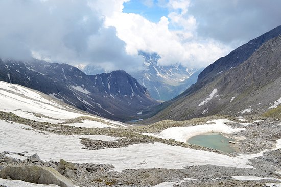 Rohru, Índia: Chandernahan trek / Buran ghati trek Pabbar valley (6th Lake)